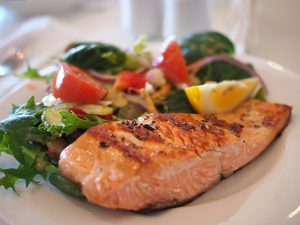 Angina - Picture of salmon and vegetables