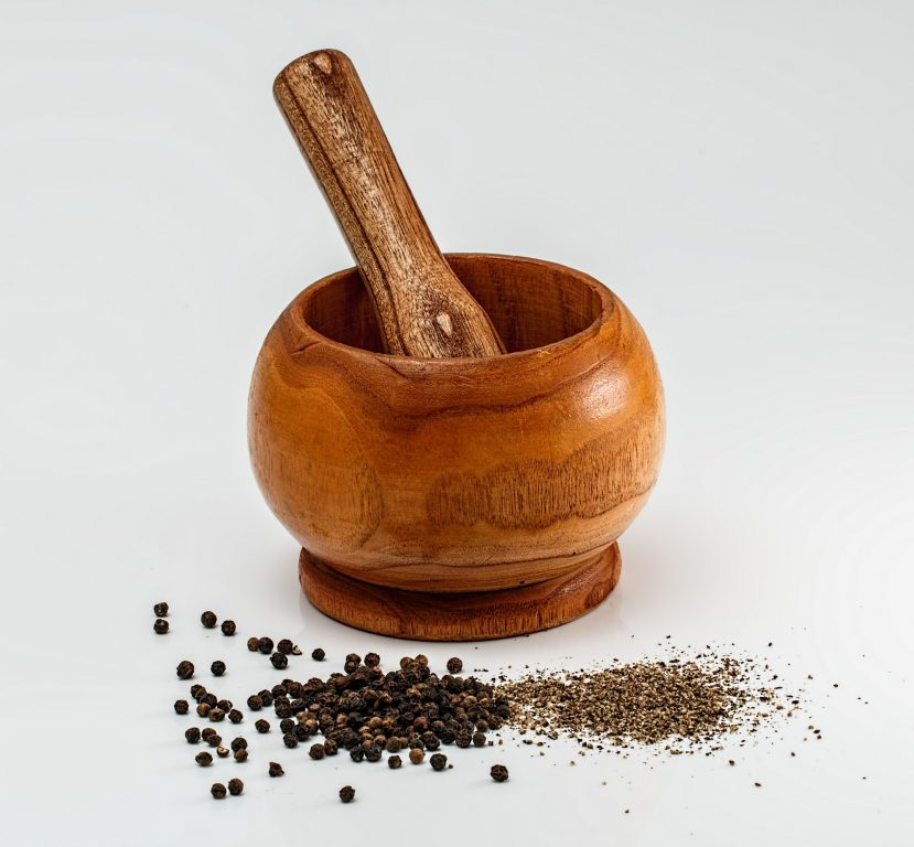 Image of wooden mortar and pestle