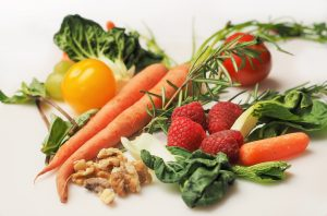 Image: carrot-kale-walnuts-tomato, berries, herb